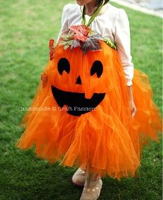 Tutorial: Easy-sew pumpkin tutu costume for little girls · Sewing | CraftGossip.com