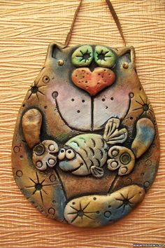 This amazing photo is a quite inspirational and extremely good idea Polymer Clay Ornaments, Polymer Clay Projects, Polymer Clay Art, Polymer Clay Jewelry, Ceramic Clay, Ceramic Pottery, Clay Cats, Biscuit, Play Clay