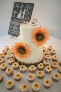 Sunflower wedding cake and cupcakes by Dan and Melissa Photography | Two Bright Lights :: Blog