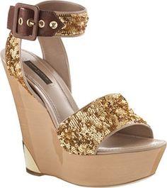 2010-Louis-Vuitton-Women-Sandals-2