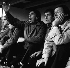 Sir Alex Ferguson watches the game at Manor Ground at his first match as Manchester United Football Club manager. Oxford 1986