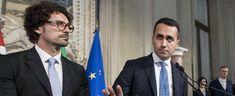 """Non si sa cosa Luigi Di Maio e Sergio Mattarella si siano detti nei 45 minuti di colloquio al Colle, ma si sa cosa il capo politico M5s ha scelto di dichiarare davanti ai giornalisti all'uscita.""""Con noi al governo"""", ha esordito, """"l'Italia resterà alleata dell'Occidente nel Patto atlantico, nell'Unione europea e monetaria: è questo l'obiettivo …"""