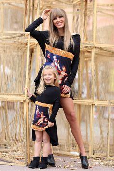 Dress tunic with rennaisance motive