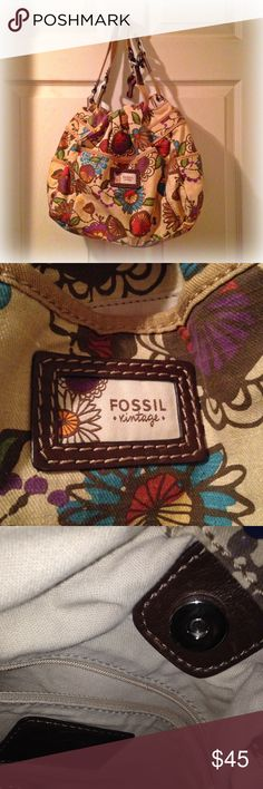 Vintage Fossil purse Colorful vintage Fossil canvas multi-pocket purse with inner magnet clasp Fossil Bags