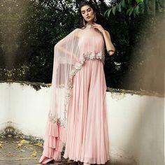 The Best Bridal Buys For The Month! Party Wear Indian Dresses, Designer Party Wear Dresses, Indian Fashion Dresses, Indian Gowns Dresses, Kurti Designs Party Wear, Dress Indian Style, Lehenga Designs, Indian Wedding Outfits, Indian Designer Outfits