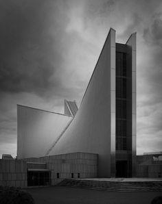 https://flic.kr/p/pKh6RU | St. Mary's Cathedral | St. Mary's Catholic Church Sekiguchi, Bunkyo-ku, Tokyo, Japan Kenzo Tange, arch. 1964