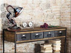 Loft stílusú íróasztal, loft lakberendezés