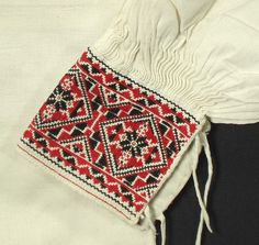 Antique Slovak folk costume. Embroidered linen male shirt. Spis region - Torysky kroj.