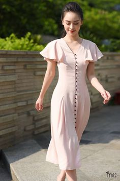 new Ideas for vintage fashion dresses classy Vestidos Vintage, Vintage Dresses, Vintage Outfits, Vintage Fashion, Modest Fashion, Trendy Fashion, Fashion Dresses, Womens Fashion, Trendy Style