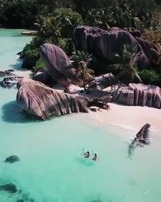 """Did you know that Seychelles is also called as """"islands of love""""? 😍 Tag someone who you want to be here together 💕 via - 📷: 👌 📍: Seychelles - Beautiful Places To Travel, Beautiful Beaches, Cool Places To Visit, Places To Go, Romantic Travel, Beautiful Islands, Wonderful Places, Beautiful Hotels, Les Seychelles"""