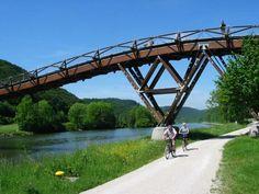 """Holzbrücke """"Tatzlwurm""""   Kelheim"""