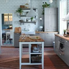 Uplifting Kitchen Remodeling Choosing Your New Kitchen Cabinets Ideas. Delightful Kitchen Remodeling Choosing Your New Kitchen Cabinets Ideas. Kitchen Dining, Kitchen Decor, Kitchen Cabinets, Grey Cabinets, Kitchen Island, Kitchen Tile, Open Kitchen, Kitchen Storage, Grey Kitchens