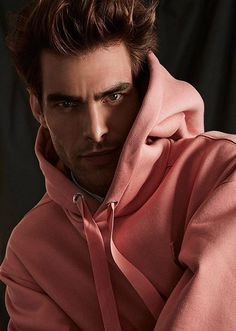 Supermodel Jon Kortajarena Poses in Spring Summer 2017 Looks for Simons