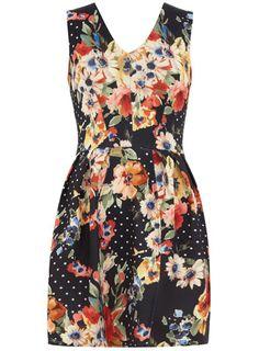 floral dress. pretty!
