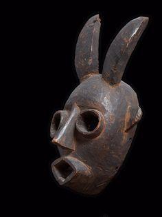 Маска племени Огони, Нигерия