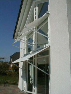 Fallarmmarkise als Fensterbeschattung, vom Fenster- Rollladen- und Sonnenschutz- Experten Mester aus Bielefeld, für OWL und Umgebung.
