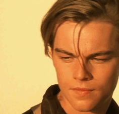 Leo was fucking stunning >>agreed. Johnny Depp, Young Leonardo Dicaprio, Leonardo Dicaprio Shirtless, Leonardo Dicaprio Smoking, Leonardo Dicapro, Leo And Kate, Titanic Movie, Titanic Quotes, Jack Dawson