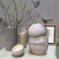Short visit at Fogia yesterday. Just love their colors #litenjizo #livelovecare #fogia #finnbovarv #wellbeing #luck #kindness #stockholm #sweden #welcome #design #grey #easter