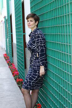 Divina Ejecutiva: Mis Looks - El vestido azul