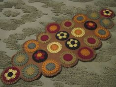 Primitive Fall/Autumn Flowers Scalloped Edges Layered Penny Rug Table Decor  #NaivePrimitive #Seller
