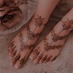 Pretty Henna Designs, Modern Henna Designs, Latest Henna Designs, Floral Henna Designs, Modern Mehndi Designs, Wedding Mehndi Designs, Henna Designs Easy, Beautiful Mehndi Design, Mehndi Design Images