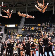 ✺ Wichita State University Shockers Cheerleaders ✺