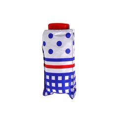 Sombrinha Mini Mini Manual Resistente ao Vento. É composto de fibra de carbono, alumínio, fibra de vidro, tecido poliéster. Perfeito para o dia a dia chuvoso, fácil de guardar e muito resistente.