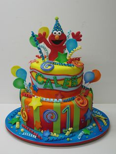 Elmo Cake !!! not for the kids, for ME !!!!   I want one for my next birthday please!