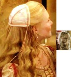 I will continue my cheats costuming guide by giving very easy instructions on how to make authentic looking medieval head wear .Most head dresses are covered including the tall Henin headdress whic… Italian Renaissance Dress, Renaissance Fair Costume, Renaissance Fashion, Medieval Dress, Medieval Armor, Royal Blue And Gold, Blue Gold, White Gold, Renaissance Hairstyles