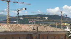 In occasione dell'educational tour organizzato da Officina L'Aquila abbiamo potuto constatare l'avanzamento dei lavori di ricostruzione della città