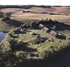 Viking village, Leire, Denmark, site associated with Beowulf. Viking House, Viking Life, Medieval Life, Medieval Village, Viking Culture, Aalborg, Norse Vikings, Iron Age, Aarhus