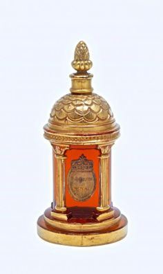 1927 M. Guerlain Pavillion Royal Perfume Bottle : Lot 176