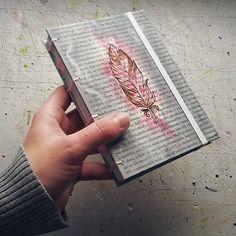 ardeas / Maľovaný zápisník A6 - Brko 1 / feather / book / notebook / handmade / bookbinding / pink, grey / art book / journal / ink / painted