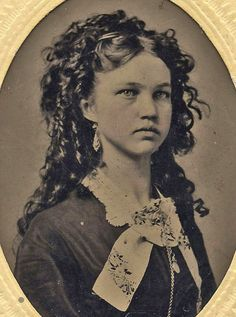 Old Antique Vintage Tintype Photo Picture Beautiful Young Teen Girl Lovely Hair Antique Photos, Vintage Pictures, Vintage Photographs, Old Pictures, Vintage Images, Old Photos, Vintage Photos Women, Vintage Abbildungen, Vintage Girls