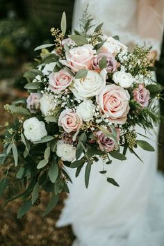 Blush and ivory bouquet (minus the lavender and add carnations) Needs a bit loos...