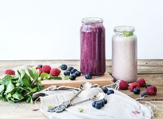 Turn your healthy smoothie into a supercharged fat burning smoothie using these delicious weight loss foods as your main ingredients.