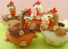 Funny little turkeys Polymer Clay Figures, Fimo Clay, Polymer Clay Projects, Polymer Clay Creations, Fondant Animals, Clay Animals, Clay Jar, Pot A Crayon, Clay Birds