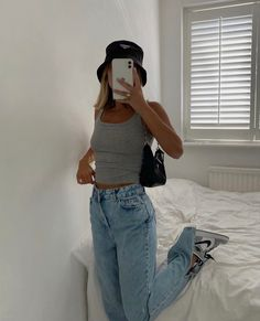 Aesthetic Fashion, Aesthetic Clothes, Look Fashion, Teen Fashion, Womens Fashion, Mode Outfits, Girl Outfits, Summer Outfits, Fashion Outfits