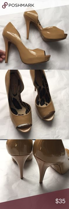 Jessica Simpson Tan patent leather Heels! Jessica Simpson patent Leather heels! Peep toe style! 4.5 inch heel! Great condition! Sexy matches so many other colors! Jessica Simpson Shoes Heels