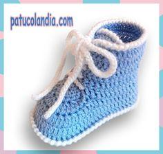 patuco de bebe de ganchillo estilo bota
