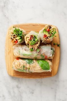 3 fresh ways to serve up peanut noodles(Butter Rolls Rice Paper) I Love Food, Good Food, Yummy Food, Yummy Lunch, Tasty, Healthy Snacks, Healthy Eating, Healthy Recipes, Whole Food Recipes