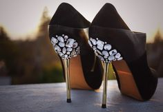 DIY: jeweled heels