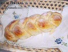 Brioche braid Sweet bread – Famous Last Words Pozole, Cookie Desserts, Sweets Cake, Fruit Buffet, Challah Bread Recipes, Mexican Bread, Sweet Dough, Mexican Dinner Recipes, Pastry And Bakery