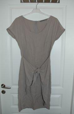 Zara klänning, oanvänd 200 KR, khaki färgad