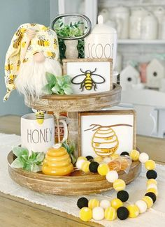 Bee signs / honey signs / bee decor / signs / summer signs / spring signs / tiered tray decor / rae Dunn decor / coffee bar / bee decor - Best Picture For diy home decor For Your Taste You are looking for something, and it is going to - Spring Home Decor, Diy Home Decor, Decor Room, Summer House Decor, Summer Mantle Decor, Wall Decor, Bedroom Decor, Living Room Furniture Layout, Summer Signs