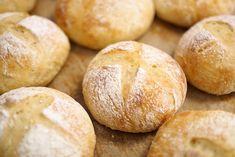 Kulinaari-ruokablogi: Helpot pehmoiset perunasämpylät tähdesoseesta Hamburger, Takana, Snacks, Cooking, Gourmet, Breads, Brot, Kitchen, Appetizers