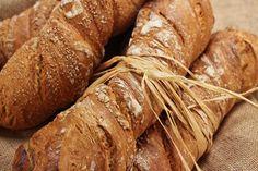Unzählige Brotsorten füllen unsere Brotkörbe, die sich in der Mehlzusammensetzung, Form, Herstellung und Geschmack unterscheiden.Eines haben sie aberalle gemeinsam: einen würzig-aromatischen Brot...