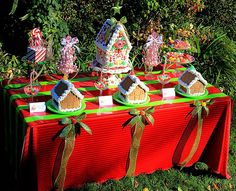 Children's Gingerbread House Decorating Party | CatchMyParty.com