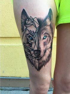 Lobo estilo geométrico - Tatuajes para Mujeres. Encuentra esta muchas ideas mas de Tattoos. Miles de imágenes y fotos día a día. Seguinos en Facebook.com/TatuajesParaMujeres!