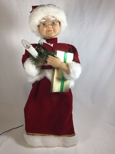 Mrs Claus is in good condition. Cant wait to Carol with you this Christmas. Christmas Items, Vintage Christmas, Christmas Holidays, Santa Claus Figure, Mrs Claus, Wonderful Time, Animation, Candles, Holiday Decor